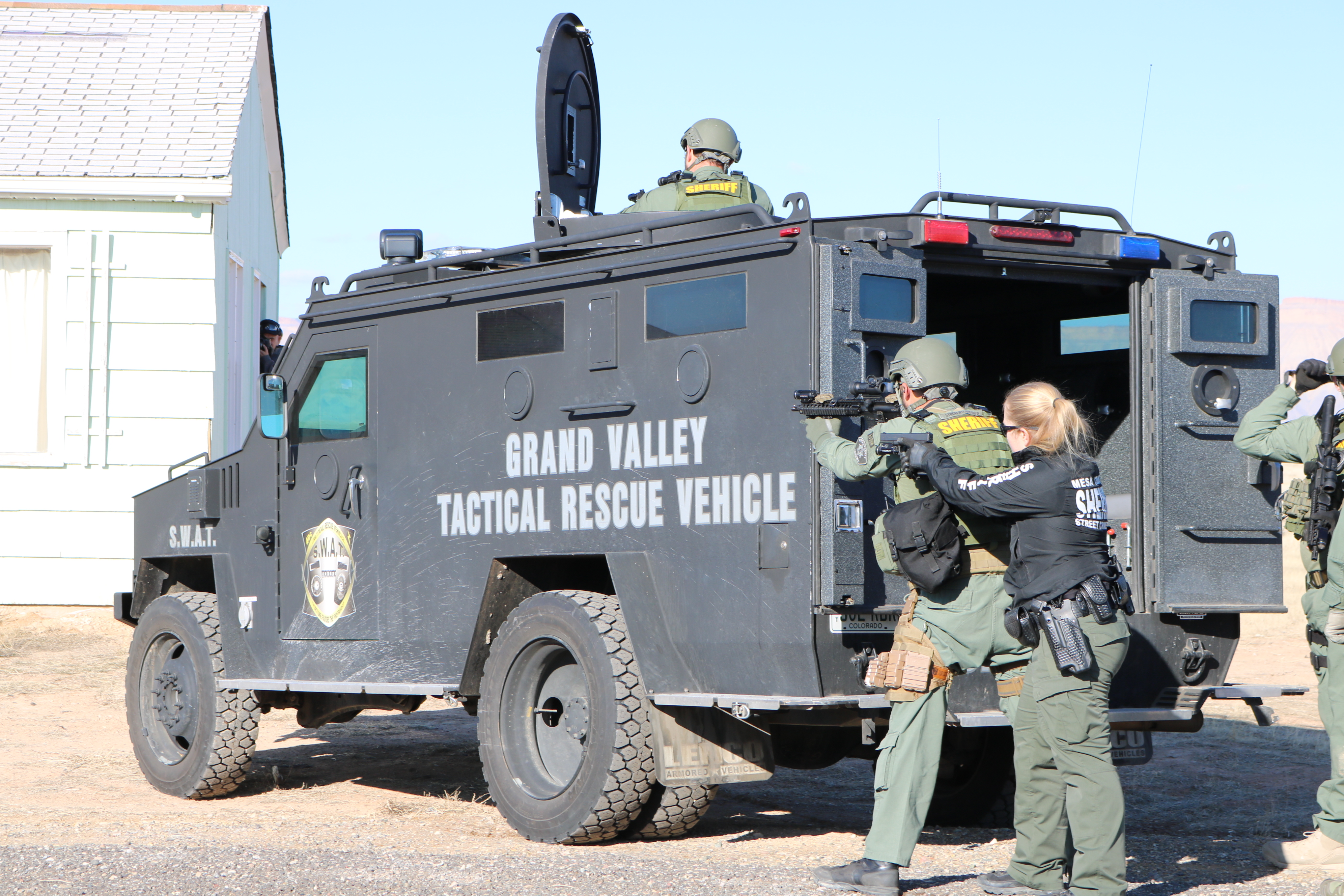 Special Weapons and Tactics - Mesa County Sheriff's Office ...